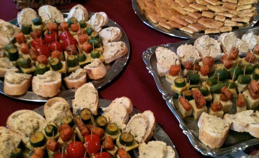 Finger food, tramezzini,appetizer delle feste.