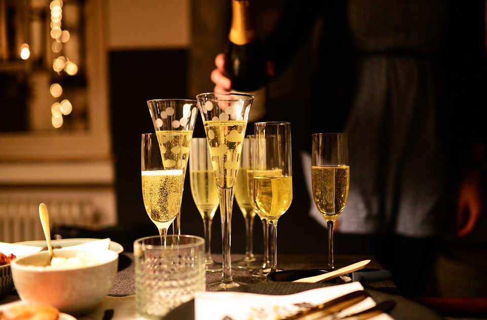 Immagine di bicchieri di champagne